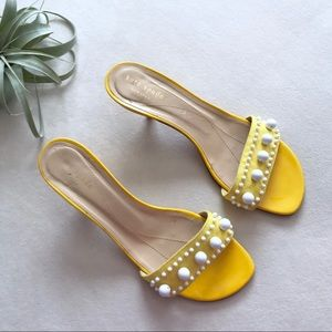 Kate Spade yellow white beaded kitten heels 8